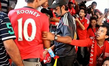 Manchester United fan gets bullied out of Liverpool match in Malaysia