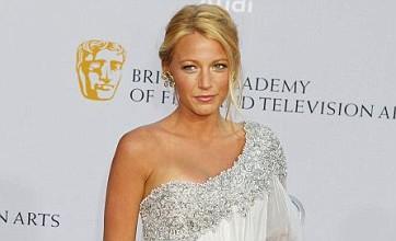 Leonardo Di Caprio dumped Blake Lively 'because mum didn't like her'