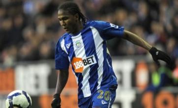 Tottenham and Liverpool 'poised for Hugo Rodallega bids'