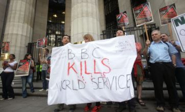 Jeremy Paxman's Newsnight off air amid BBC strikes