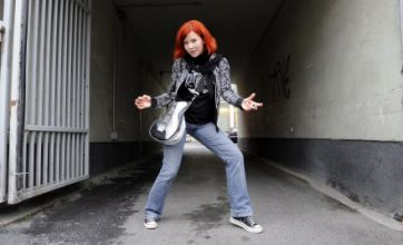 Aline Westphal becomes first female Air Guitar World Champion