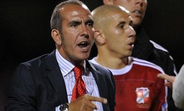 Paolo Di Canio's tunnel bust-up with Swindon striker Leon Clarke: Video