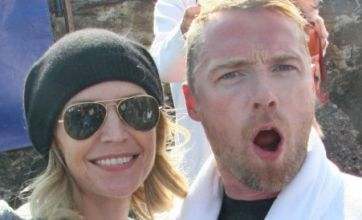 Seaside kiss proves Ronan Keating's marriage is shore back on track