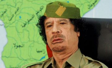 Defiant Gaddafi denies fleeing to Niger and vows never to leave Libya
