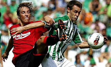 Real Betis hit woodwork three times in three seconds vs Real Mallorca