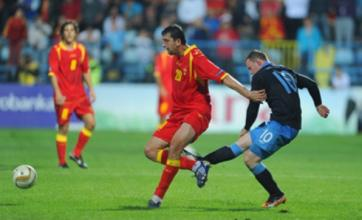 Wayne Rooney sent off but England qualify for Euro 2012