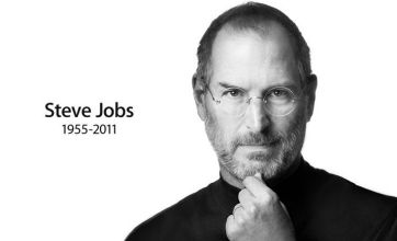 Steve Jobs tributes paid by Facebook's Mark Zuckerberg and Microsoft boss Bill Gates