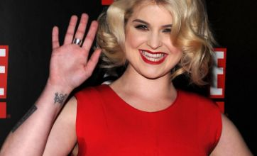 Kelly Osbourne pulls 'fashion no no' with red-carpet sweat patches