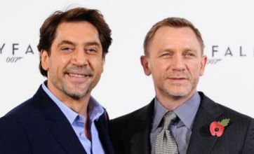 Daniel Craig: Javier Bardem will be nude for most of James Bond's Skyfall