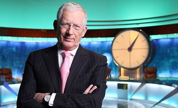 Nick Hewer makes his Countdown debut