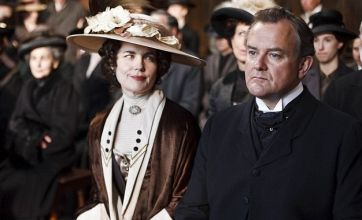 Downton Abbey to be turned into a film after Golden Globes win?