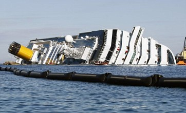 Costa Concordia owners offer passengers £9,000 compensation each