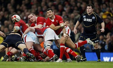 Mike Phillips confident Wales have the flair to land treble
