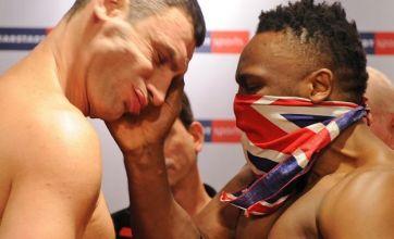 Dereck Chisora slaps Vitali Klitschko at weigh-in for world title fight