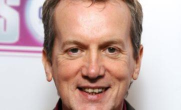Frank Skinner to face his fears and swim just 25m for Sport Relief