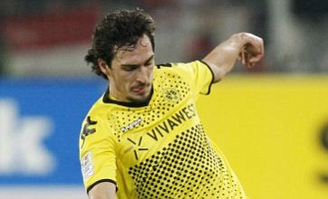 Mats Hummels rules out transfer to Manchester United