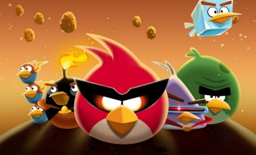 Astronaut announces Angry Birds Space release date