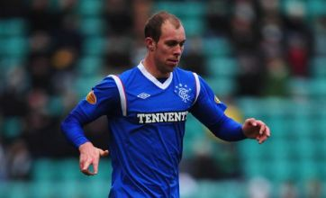 Rangers players Whittaker, Naismith and Davis take 75% wage cuts