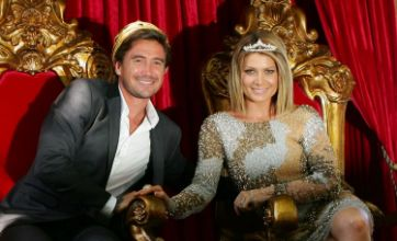 Harry Kewell crowned King of Moomba at Melbourne festival