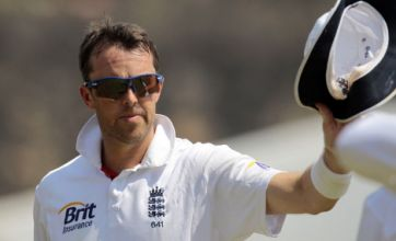 Graeme Swann's late six-wicket haul gives fans licence to dream