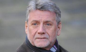 Phone hacking: Professional boundaries 'blurred' at Scotland Yard
