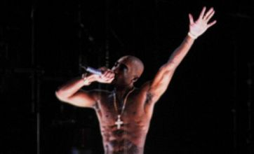Tupac hologram to go on tour with Snoop Dogg after Coachella gig?