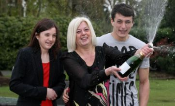 Single mother who lost sleep over money worries bags £1.6m lotto win