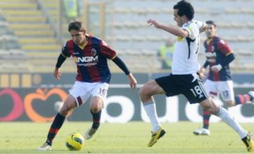 Liverpool face Malaga challenge for Gaston Ramirez transfer
