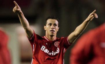 Spurs 'fail with £14m Leandro Damiao transfer bid'