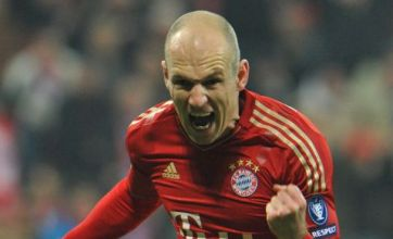 Arjen Robben dashes Spurs hopes with new Bayern Munich deal