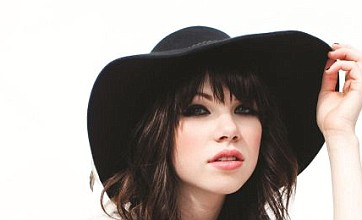 Carly Rae Jepsen's Call Me Maybe tops first ever 'streaming' chart