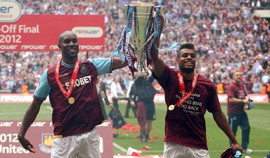 West Ham United's Carlton Cole and Ricardo Vaz Te