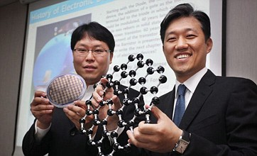 Electronics race finds new bright spark with silicene