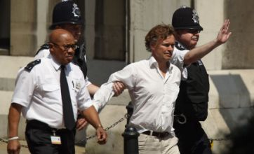 Heckler interrupts Tony Blair Leveson appearance with 'war criminal' shouts