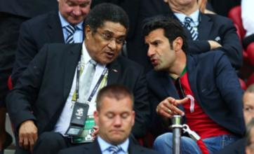 Eusebio in hospital after falling ill at Portugal's Euro 2012 hotel