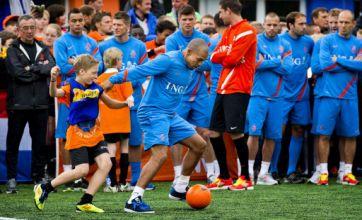 Nigel de Jong fouls Polish kid who outpaces him in training
