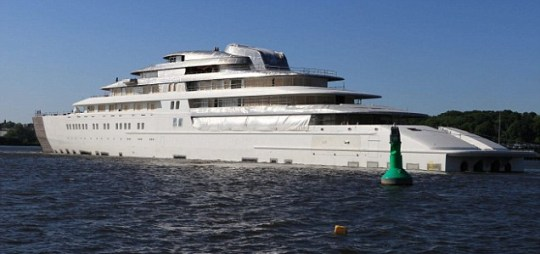 Roman Conquered In Battle To Have The World S Biggest Yacht Metro News