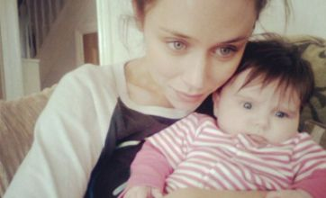 Una Healy shows Ben Foden what he's missing with adorable Aoife Belle snap