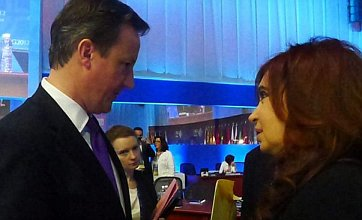 Cameron refuses Falklands letter from Argentina in awkward G20 standoff