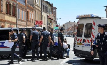 Toulouse gunman captured and hostages released unhurt