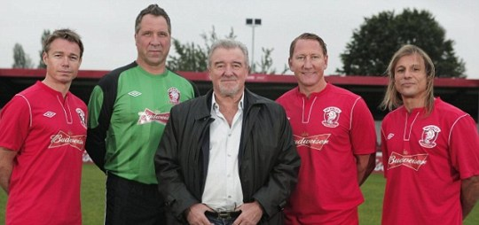 Football legends David Seaman (2nd L), Ray Parlour (2nd R), Graeme Le Saux (L), Claudio Caniggia along with Terry Venables (C)
