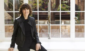 Nora Ephron, writer of Sleepless in Seattle, dies from leukemia aged 71