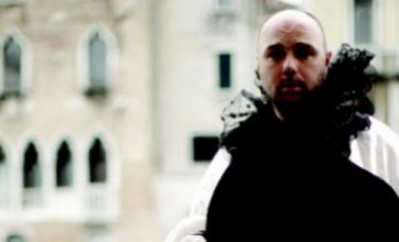 First picture of Warwick and Karl in An Idiot Abroad: The Short Way Round
