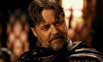 Russell Crowe gets violent in The Man With The Iron Fists red band trailer