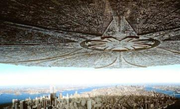 Independence Day sequel planned by director Roland Emmerich