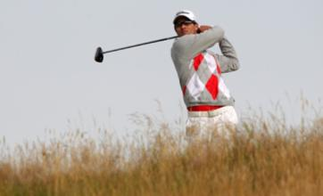 Adam Scott leads Open with Graeme McDowell poised to challenge