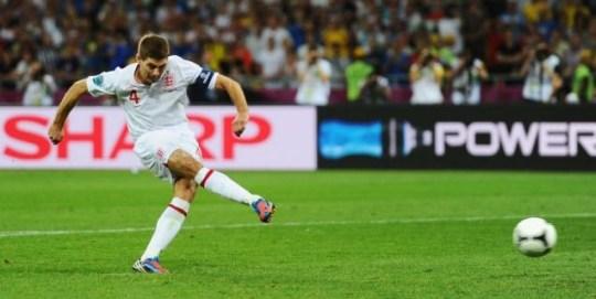 Steven Gerrard scores penalty against Italy