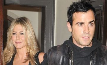 Jennifer Aniston engaged to Justin Theroux