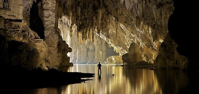 Tham Lod, cave, John Spies.