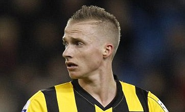 Alexander Buttner 'only 3rd or 4th best left-back in Holland' says United scout